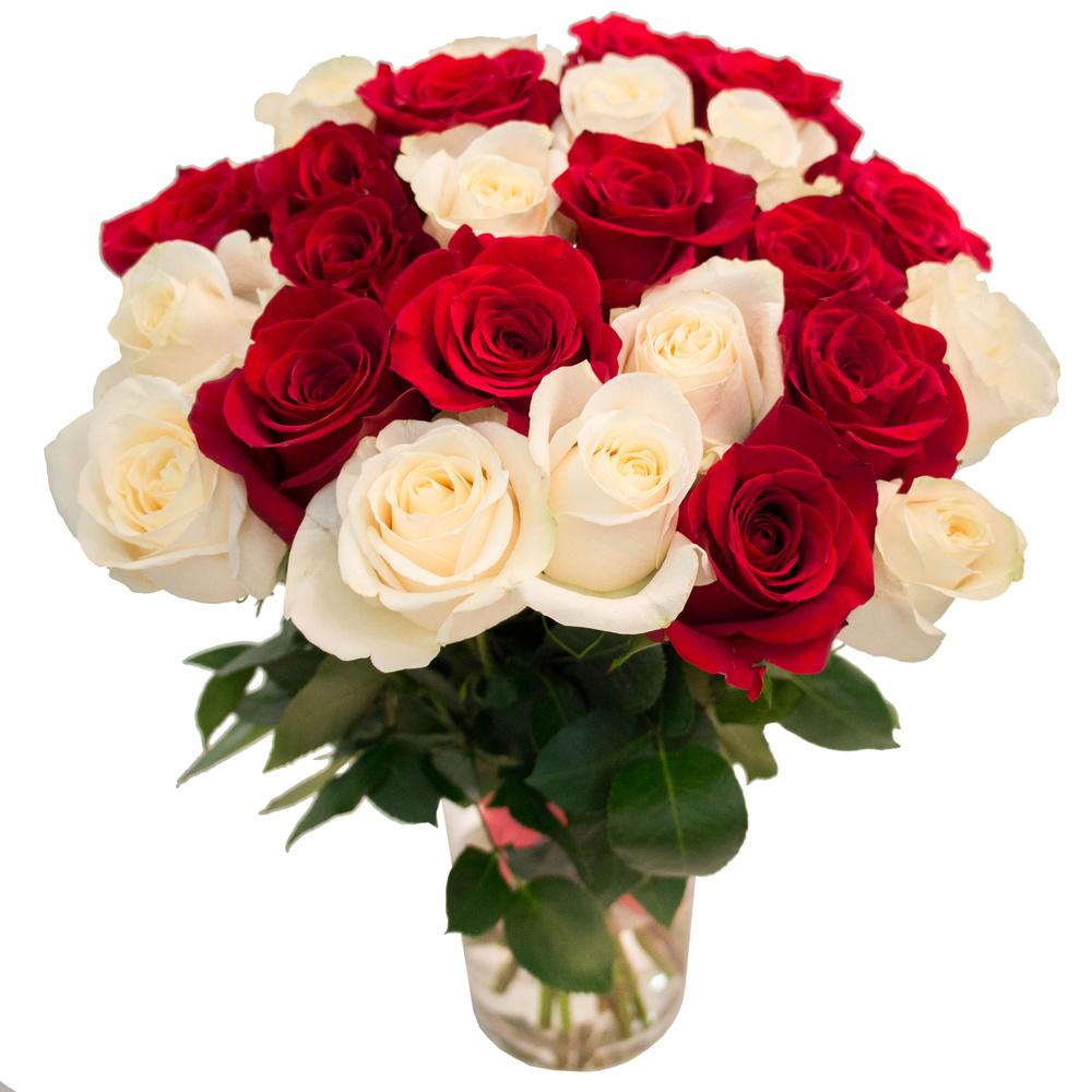 Микс из красных и белых роз